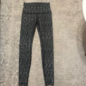 Lululemon leggings. High rise 8